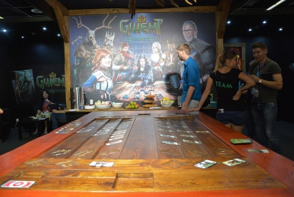 http://www.the-witcher.de/media/content/gwent_gamescom_2016_03_s.jpg